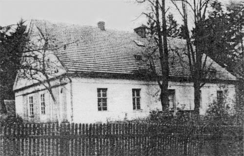 Pierwsza szkoła przy ul. Lipowej